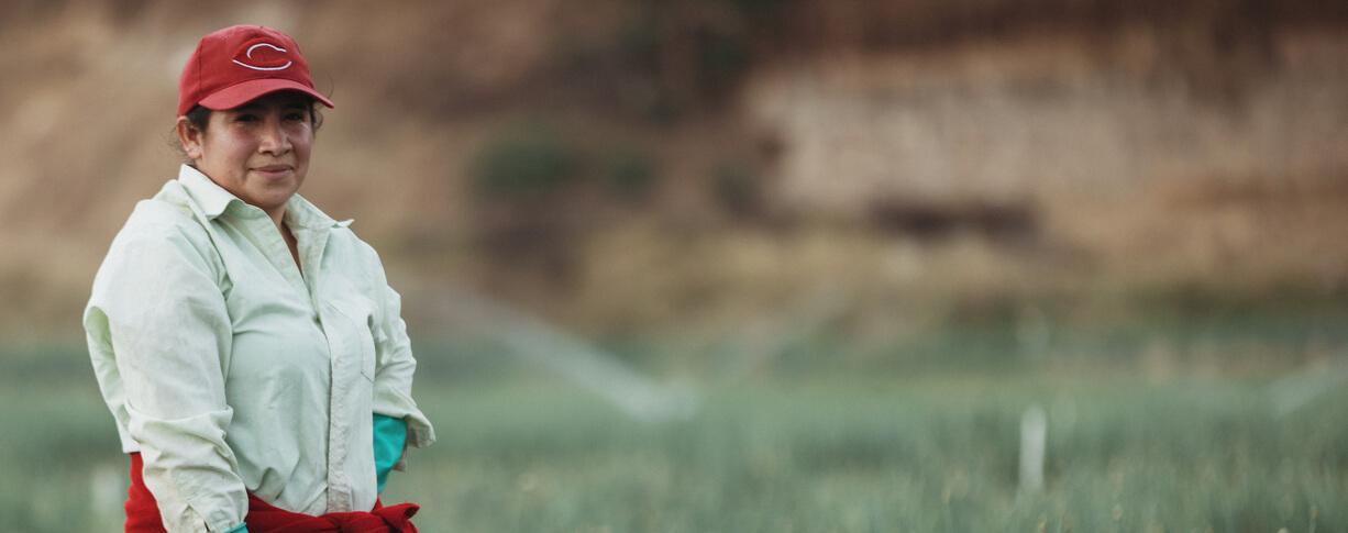 Carátula: Colombia, en deuda con la mujer rural