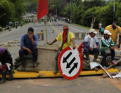 CARÁTULA: ¡Protesten, pero dejen trabajar. Dejen que la gente pueda comer!